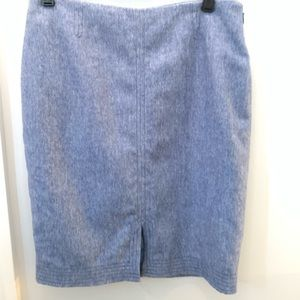 NWT Banana Republic • Light Blue Skirt • 00P